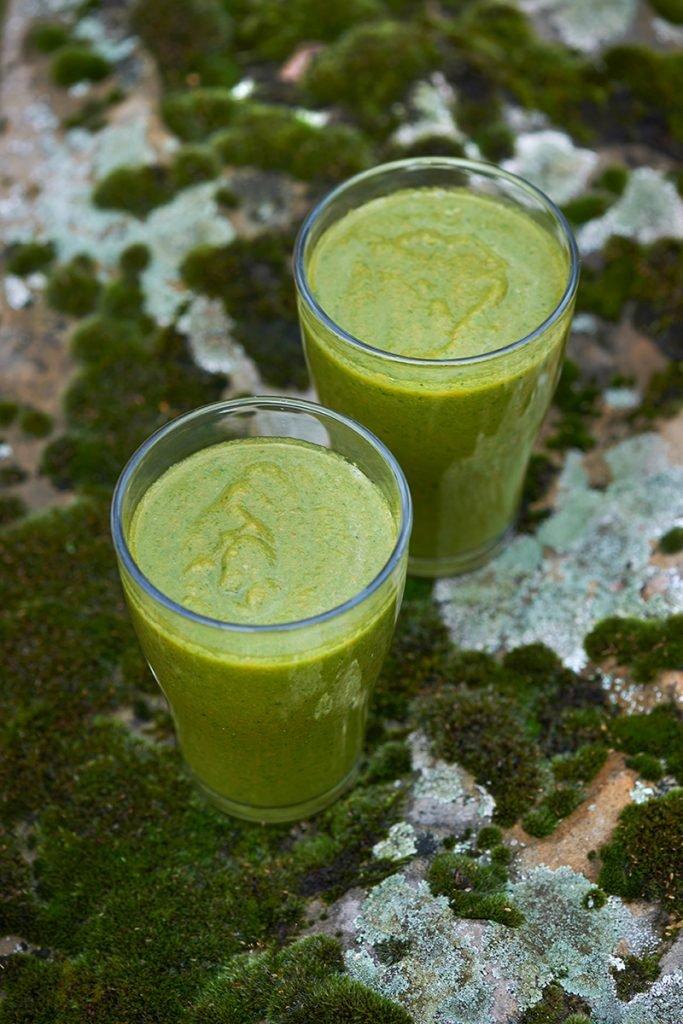Fresh Green Smoothie Draufsicht / myotherstories.de