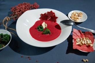 Rote Bete Suppe mit Ingwer und Chili Foto Maike Helbig / www.myotherstories.de