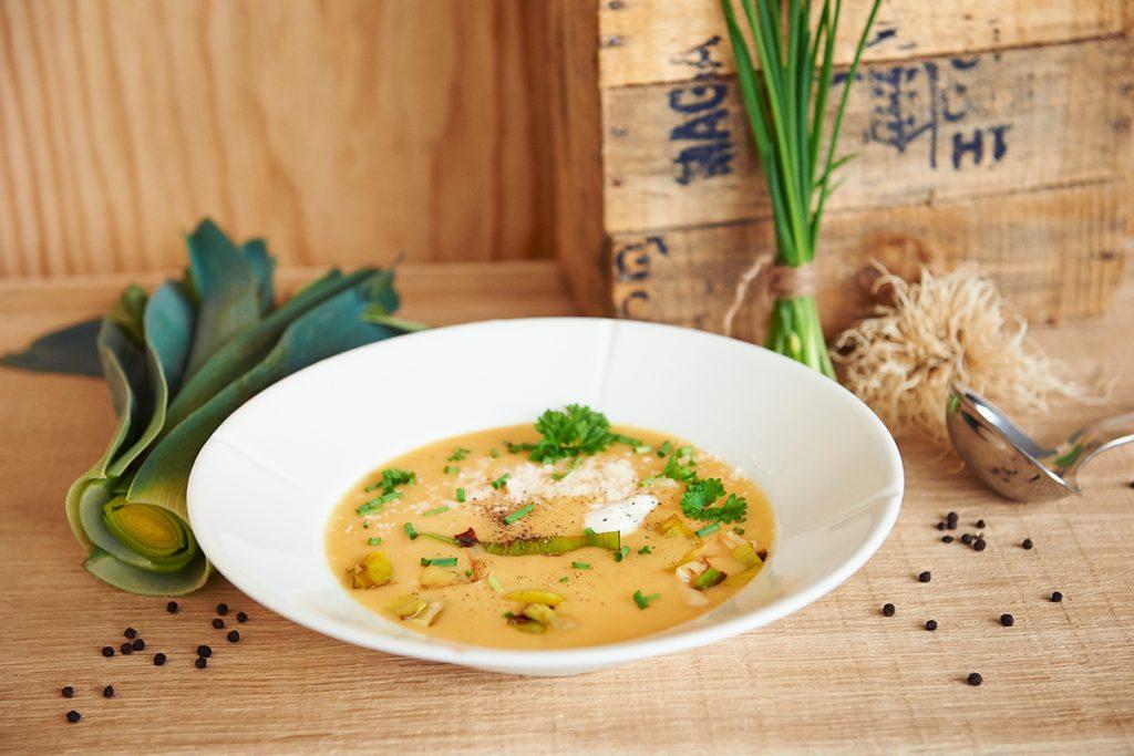 Kartoffelsuppe fertig 9569 Foto Maike Helbig / www.myotherstories.de