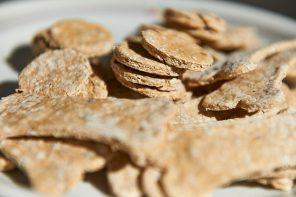 Backen für den Hund – Veggie-Cookies ohne Zusatzstoffe