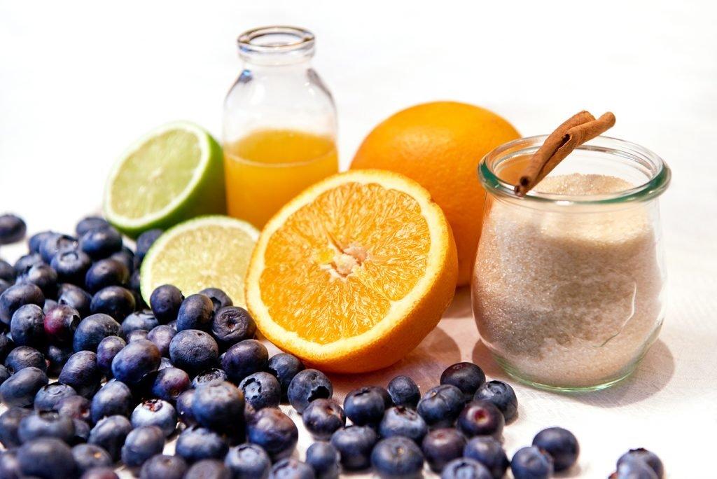 Vanille-Grieß mit Blaubeere-Orangen-Soße Foto: Maike Helbig / www.myotherstories.de