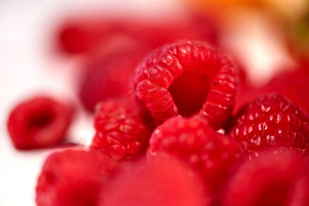 Smoothie mit roten Beeren, Melone und Naturjoghurt Foto: Maike Helbig für Bettina Bergwelt / www.myotherstories.de