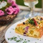 happy-valentine-quiche-mit-rosenkohl-zwiebeln-parmesan-foto-maike-helbig-www.myotherstories.de