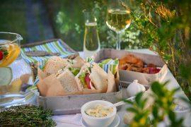 vegetarische-sandwiches-mit-geroestetem-gemuese-kraeutern-und-pecorino-foto-maike-helbig-fuer-www.myotherstories.de