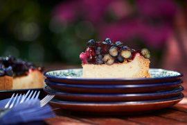 stueck-blueberry-cheesecake-mit-viel-vanille-foto-maike-helbig-fuer-www.myotherstories.de