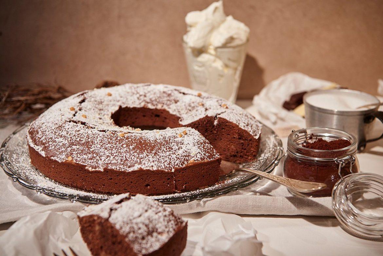 schokoladenkuchen-mit-ganz-viel-schoko-und-vanille-foto-maike-helbig-fuer-www.myotherstories.de